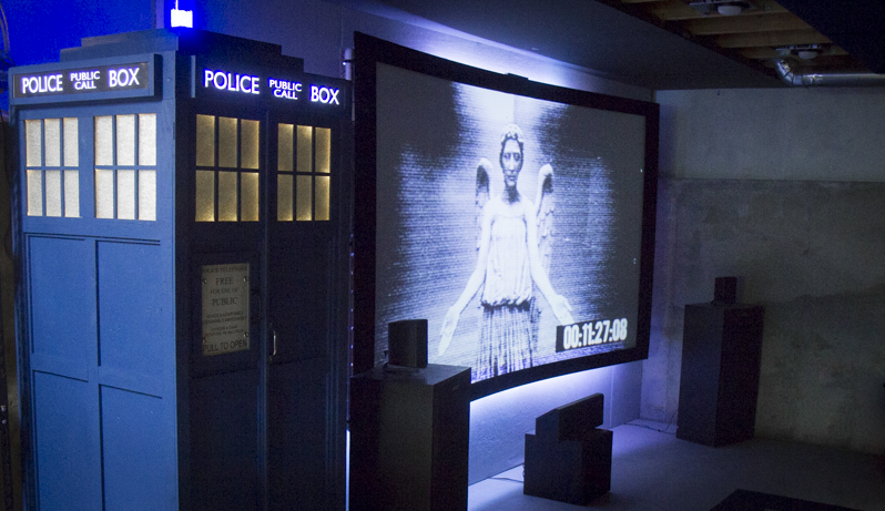 DIY Dr. Who's TARDIS Infrasonic Tapped Horn Subwoofer